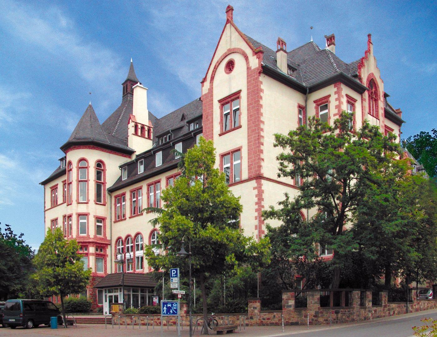 Rathaus Bensheim (Bär & Krieger)